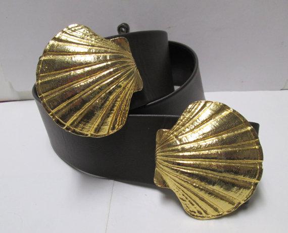VintageCarolina Mimi Di N Shell Belt Buckles