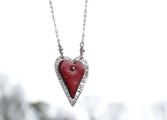 JudysDesigns Heart Necklace1